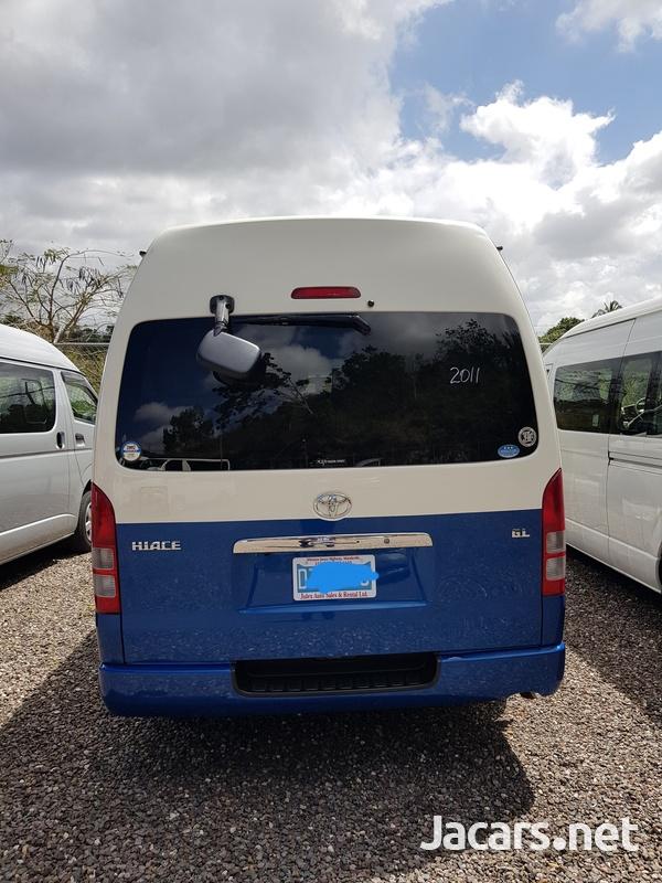 Toyota Hiace Bus 2,7L 2011-1