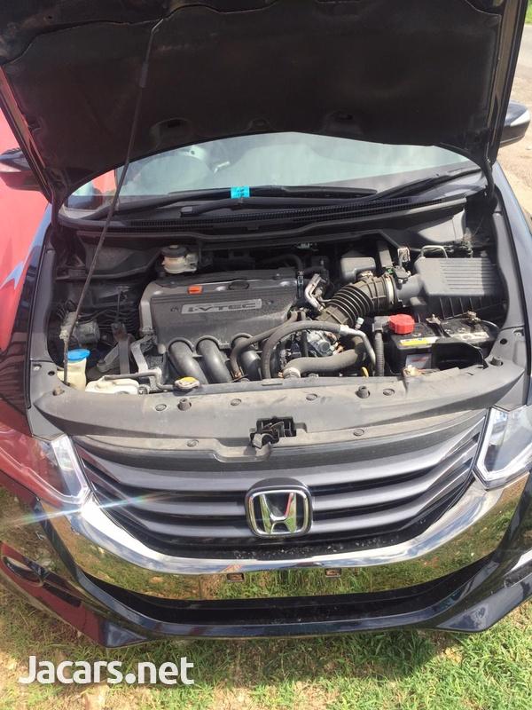 Honda Odyssey 1,5L 2011-4