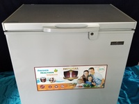 7 cu ft deep freeze BRAND NEW