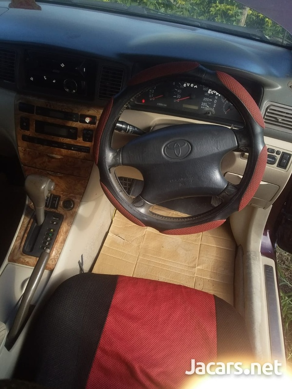 Toyota Corolla Altis 1,6L 2005-4