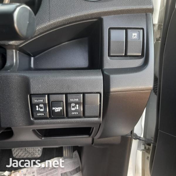 Mazda Premacy 2,0L 2016-12