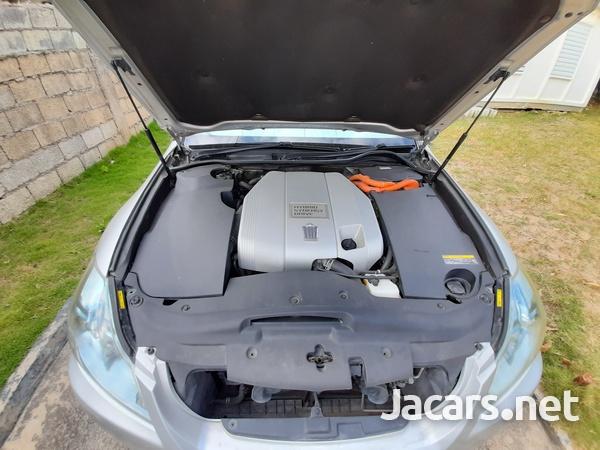 Toyota Crown 3,0L 2011-9