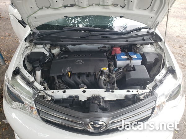 Toyota Axio 1,2L 2015-8