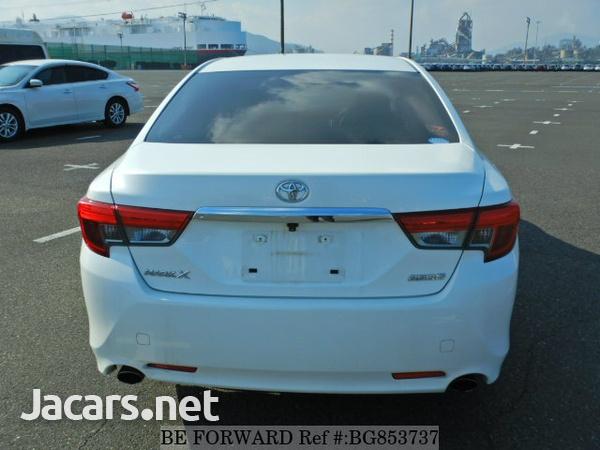 Toyota Mark X 2,4L 2015-3