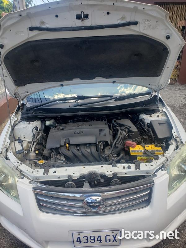 Toyota Axio 1,5L 2012-10