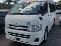Toyota Hiace Bus 2013