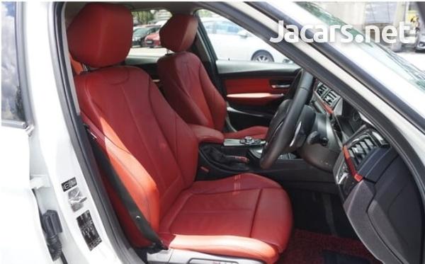 BMW 3-Series 2,5L 2013-5