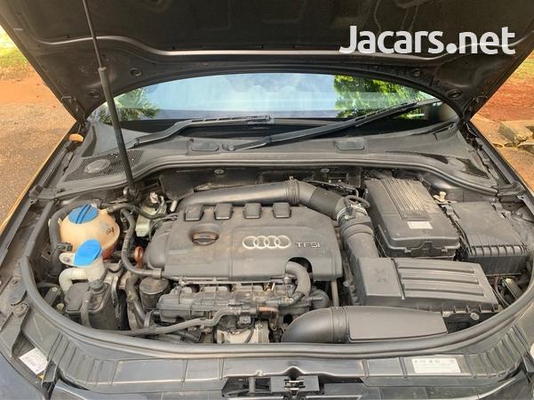 Audi A3 2,0L 2013-8