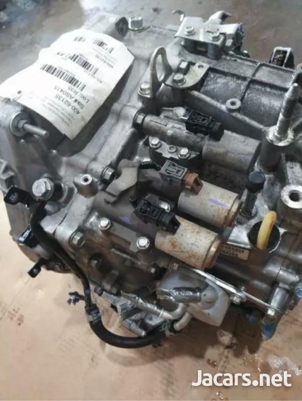 2014Honda Civic transmission automatic-4