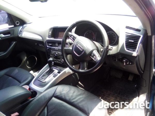 Audi Q5 2,0L 2010-8