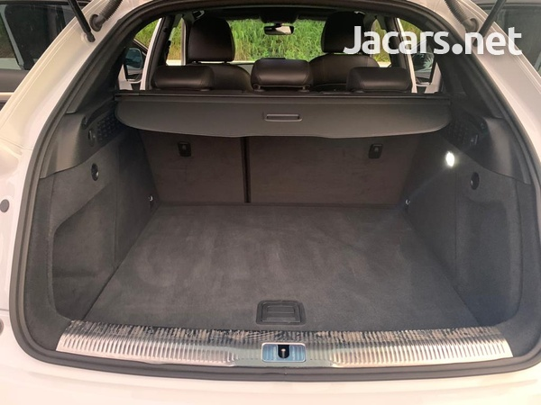 Audi Q3 1,9L 2017-8