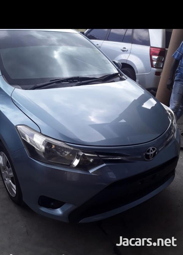 Toyota Yaris 1,3L 2014-4