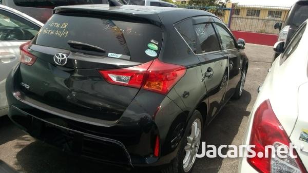 Toyota AURIS 1,5L 2013-7