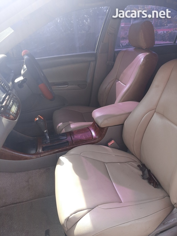 Toyota Camry 2,0L 2003-5