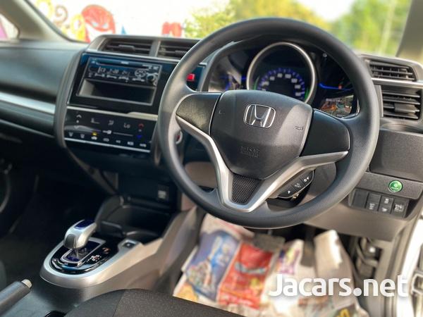 Honda Fit 1,4L 2015-7