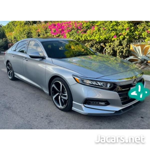 Honda Accord 2,0L 2018-6