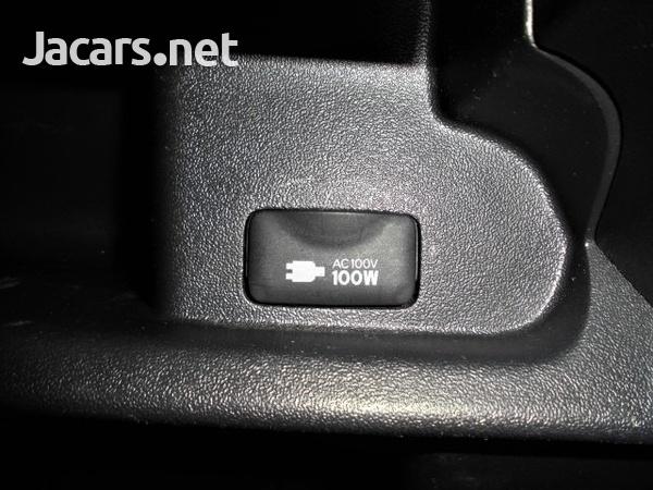 Toyota Hiace Van 2,0L 2016-12