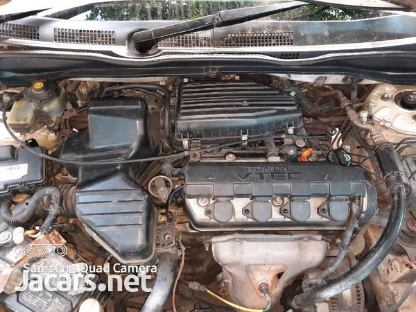 Honda Civic 1,6L 2002-8