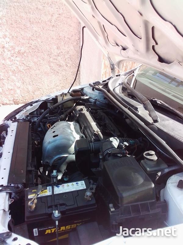 Toyota Scion 2,4L 2007-6
