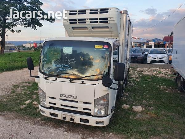 2012 Izusu Elf freezer truck-8