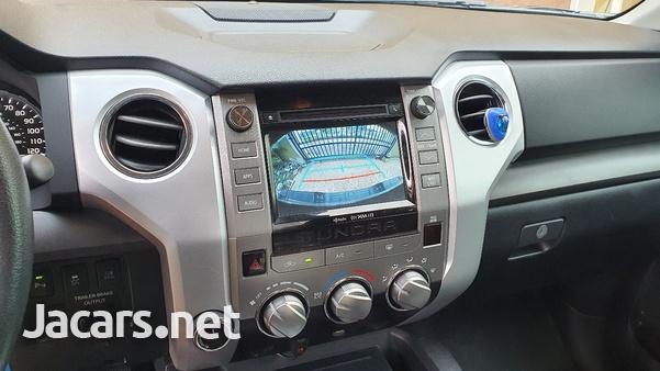 Toyota Tundra 5,7L 2018-6