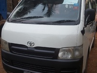 2007 Toyota Hiace Bus