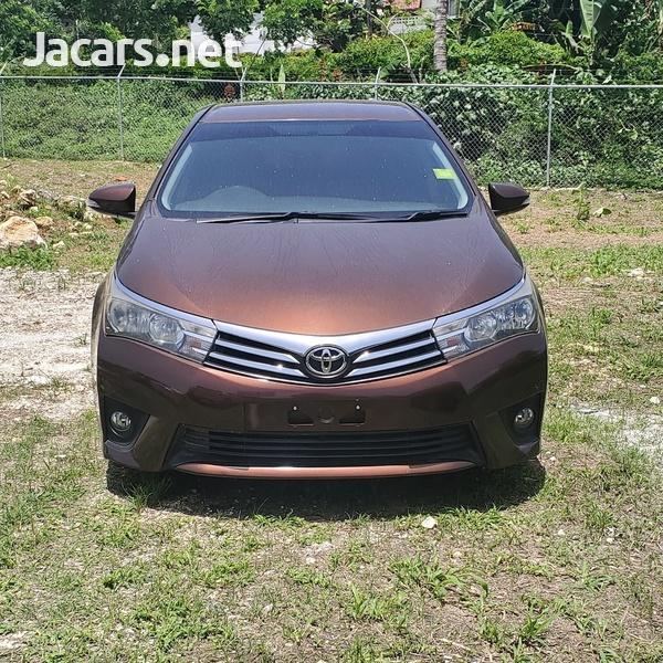 Toyota Corolla Altis 1,9L 2014-1