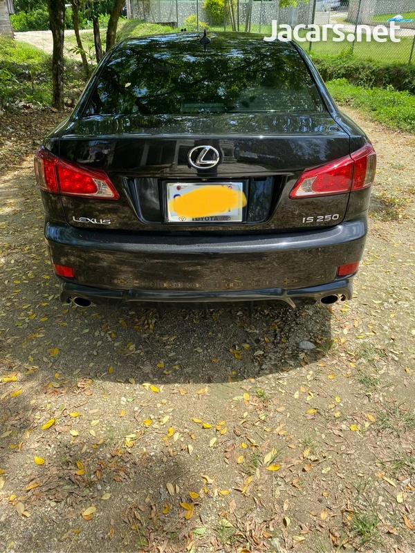 Lexus IS 2,5L 2012-3