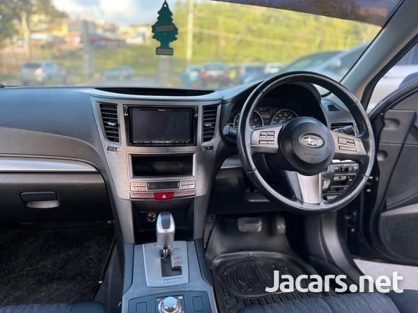 Subaru Legacy 2,5L 2011-4