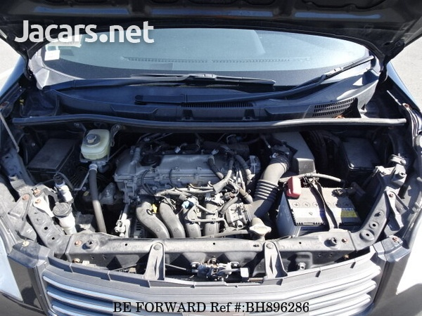 Toyota Noah 2,0L 2012-14