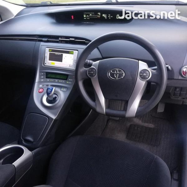 Toyota Prius 1,8L 2012-6