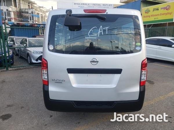 Nissan Caravan 2,5L 2016-2