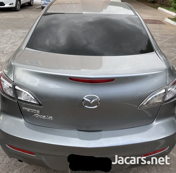 Mazda Axela 1,4L 2011-3