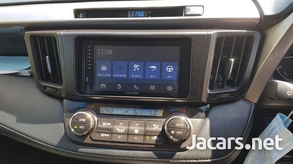 Toyota RAV4 2,0L 2019-6