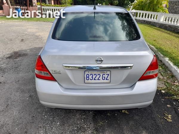 Nissan Tiida 1,5L 2012-7