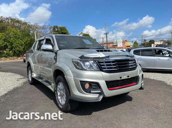 Toyota Hilux 2,5L 2014-3