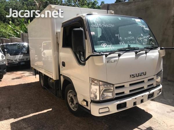 2012 Isuzuz Box Truck-3