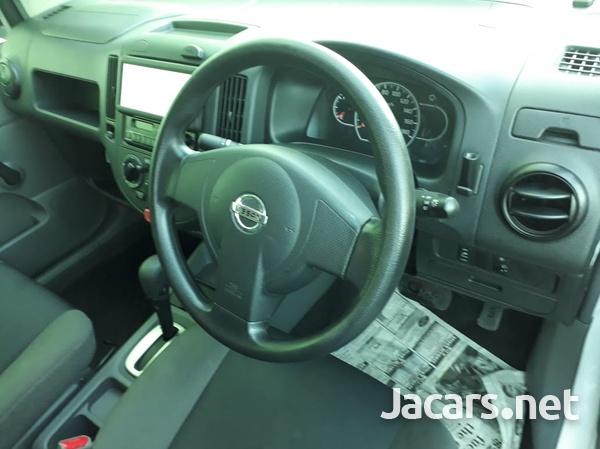 Nissan AD Wagon 1,3L 2015-4