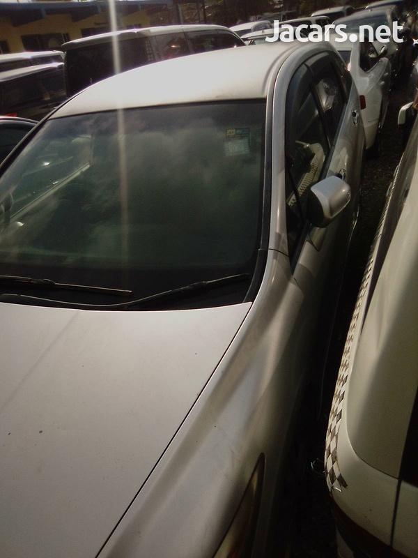 Honda Stream 1,8L 2011-5