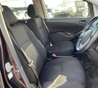Toyota Isis 1,8L 2012
