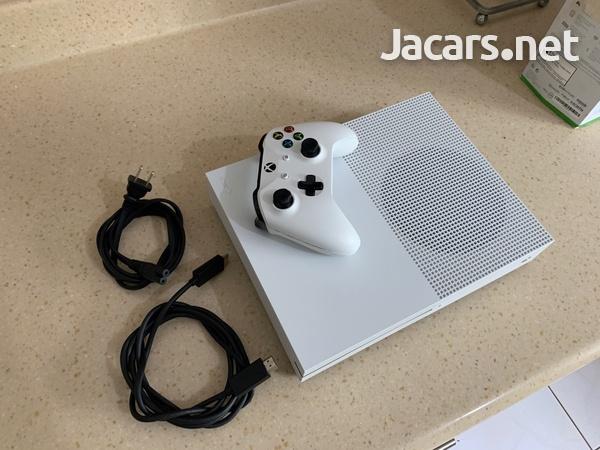 Xbox one s-7