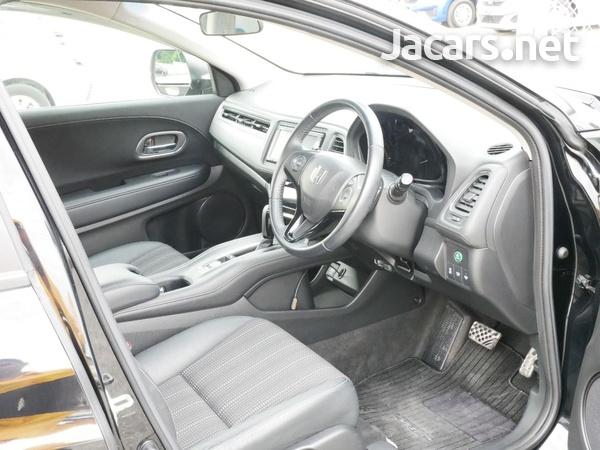 Honda Vezel 1,5L 2015-8