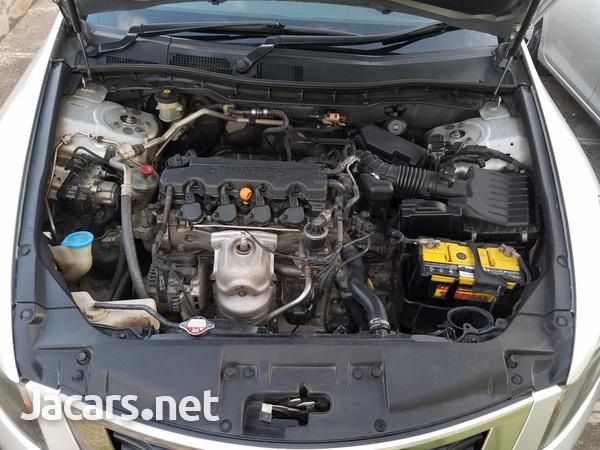 Honda Accord 2,0L 2010-6