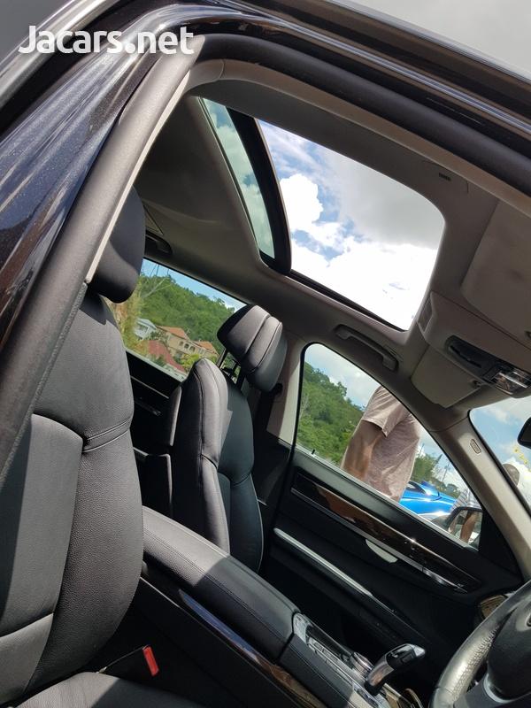BMW 7-Series 3,0L 2014-11
