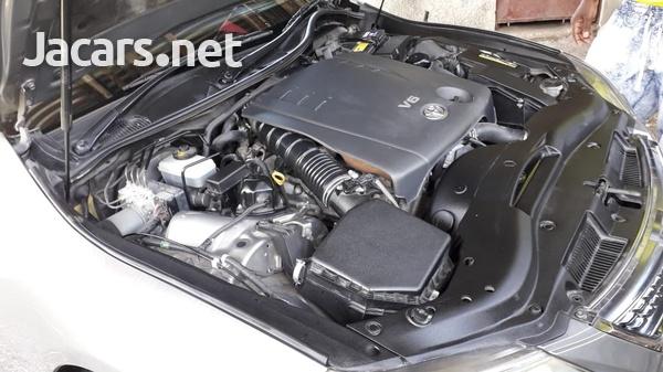 Toyota Mark X 2,5L 2010-3