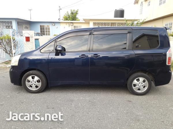 Toyota Voxy 1,9L 2007-3