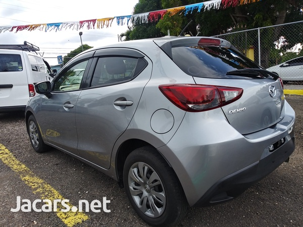 Mazda Demio 1,3L 2016-8
