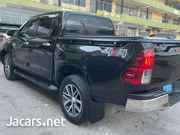 Toyota Hilux 2,8L 2017-6