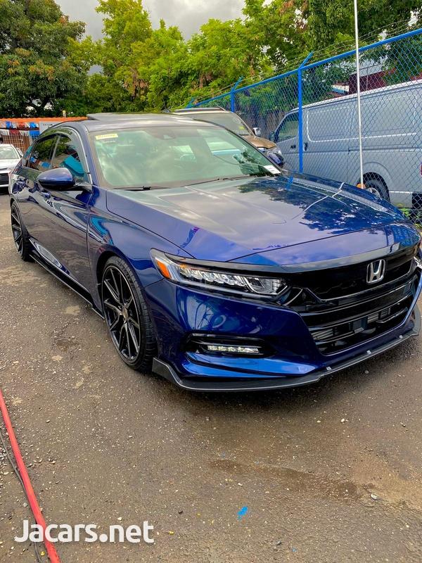 Honda Accord 2,0L 2020-4