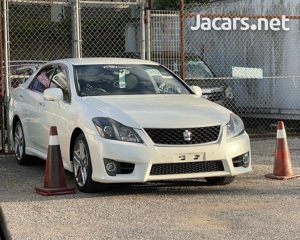 Toyota Crown 2,5L 2012-1